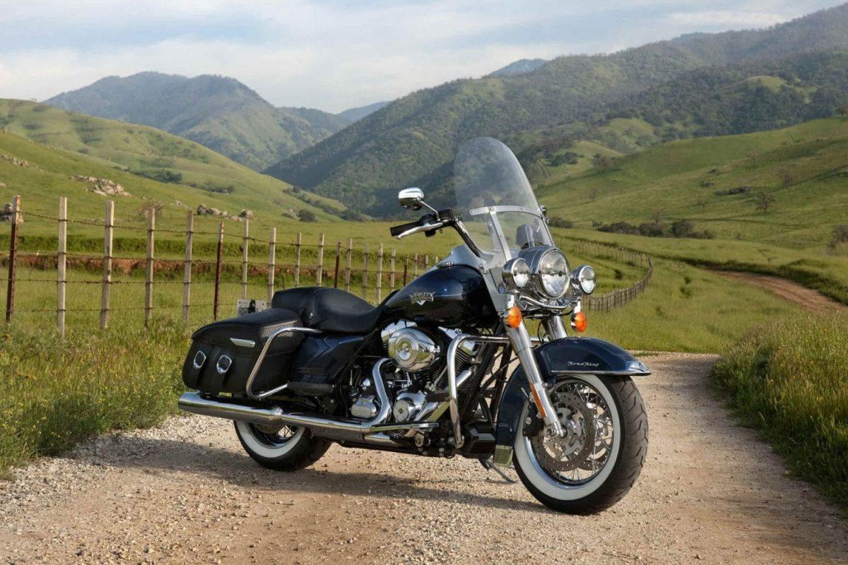http://rockermoto.com/bikes/harley-davidson-road-king/
