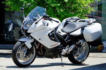 http://rockermoto.com/bikes/bmw-f-800-gt/