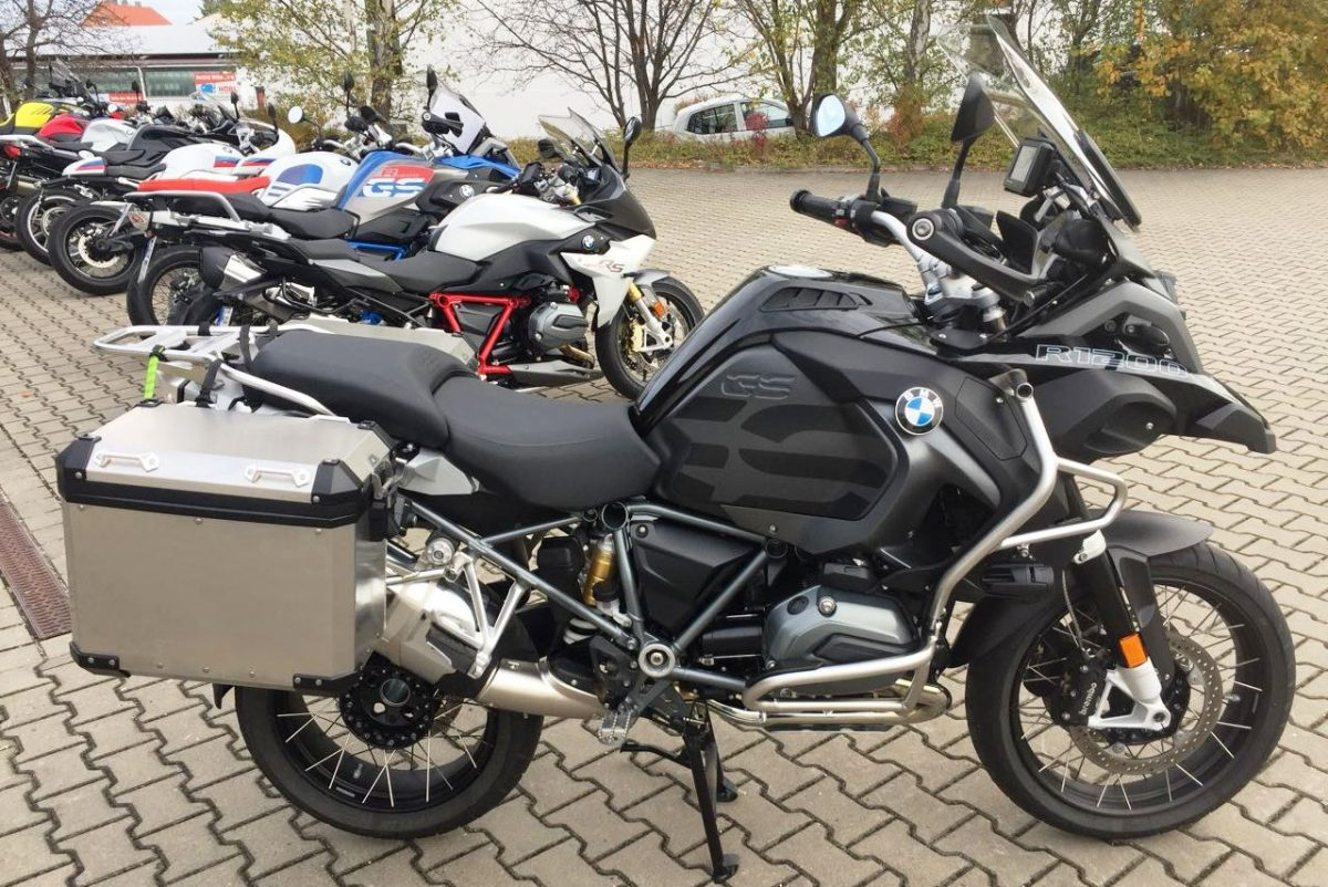 http://rockermoto.com/bikes/bmw-r-1200-gs-adventure/